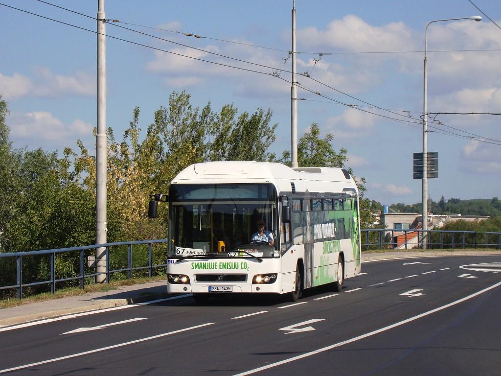 Fotogalerie » Volvo 7700LH 2SA 1435 2714 | Brno | Komín | Veslařská