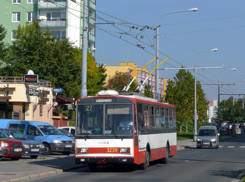 Fotogalerie » Škoda 14Tr10/6 3239 | Brno | Vinohrady | Pálavské náměstí