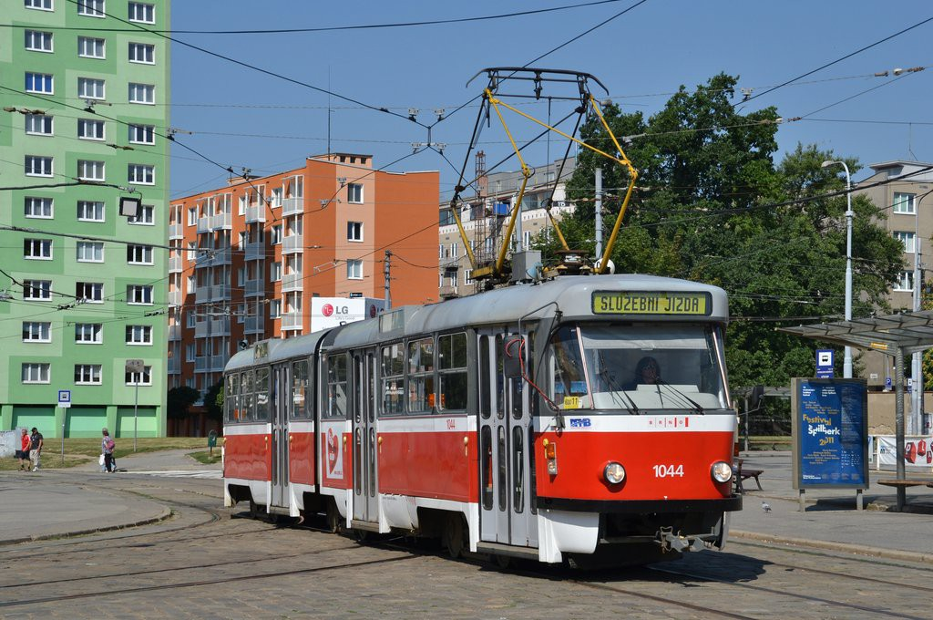 Fotogalerie » ČKD Tatra K2T 1044 | Brno | Staré Brno | Mendlovo náměstí | Mendlovo náměstí