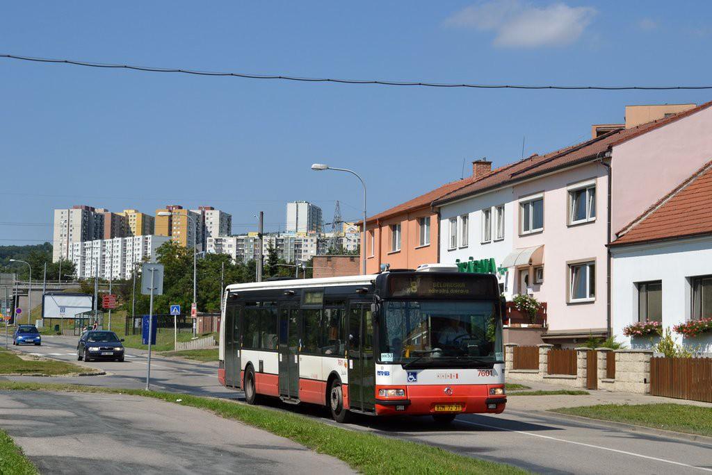 Fotogalerie » Irisbus Citybus 12M 2071.20 BZM 72-31 7601   Brno   Starý Lískovec   Jemelkova