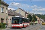 Éru provozu autobusů Crossway ve Slatině připomene fotografie vozu 7824 na lince 75 v Maloměřicích
