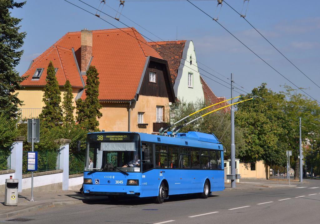 Fotogalerie » Škoda 21Tr 3045   Brno   Masarykova čtvrť   Tvrdého   Žlutý kopec