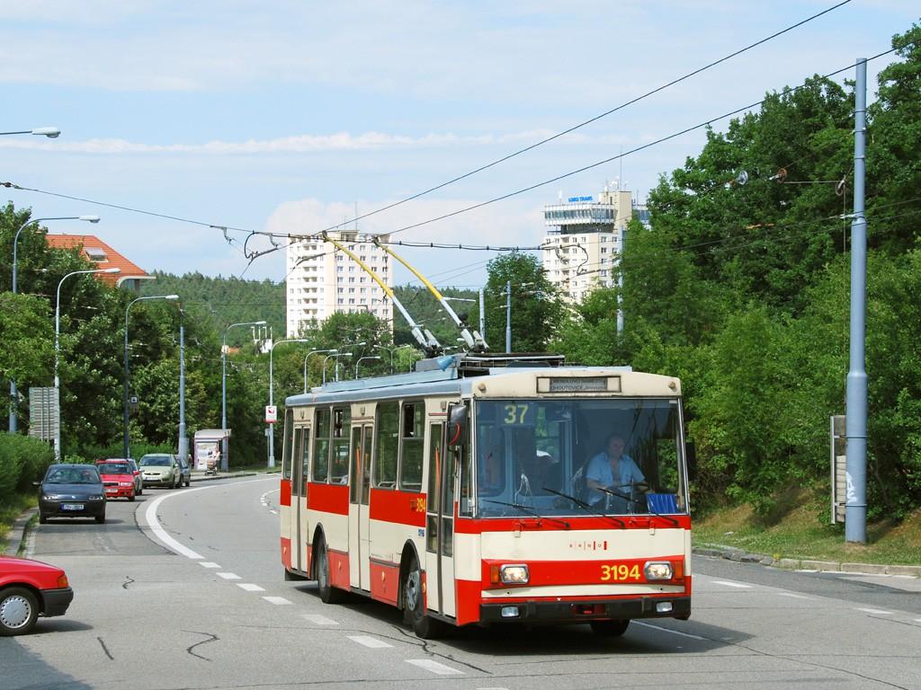 Fotogalerie » Škoda 14Tr07 3194 | Brno | Kohoutovice | Libušina třída | Bellova
