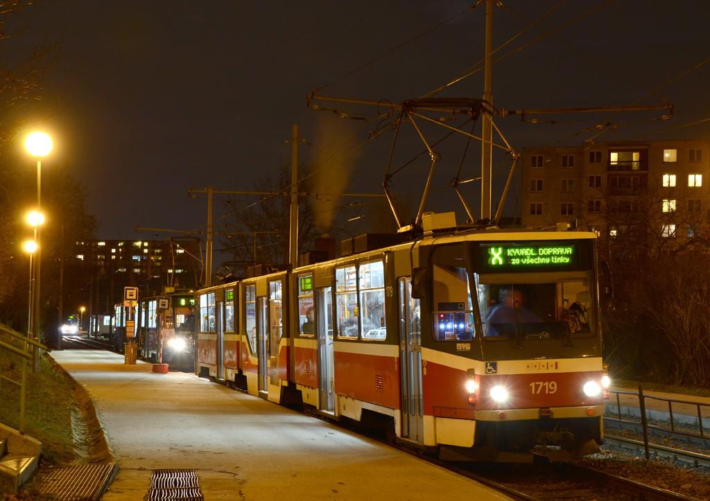 Fotogalerie » ČKD Tatra KT8D5R.N2 1719 | Brno | Bohunice | Švermova