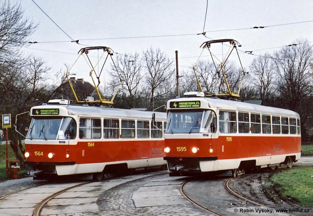 Fotogalerie » ČKD Tatra T3P 1564   ČKD Tatra T3P 1595   Brno   Maloměřice   Obřanská   Babická