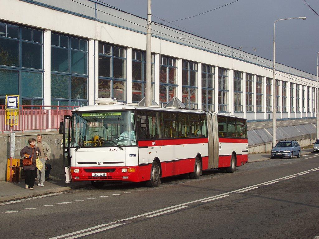 Fotogalerie » Karosa B961E.1970 2376 | Brno | Komín | Čichnova | Vozovna Komín