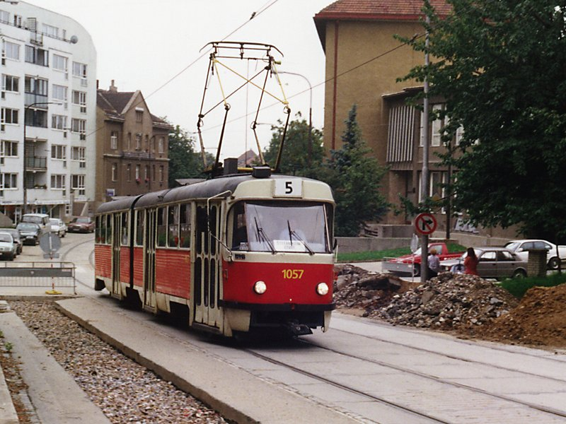 Fotogalerie » ČKD Tatra K2MM 1057   Brno   Černá Pole   Merhautova