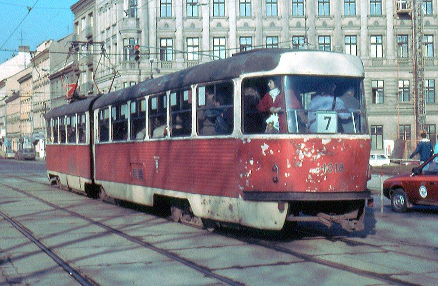 Fotogalerie » ČKD Tatra K2 1018   Brno   střed   Moravské náměstí   Moravské náměstí