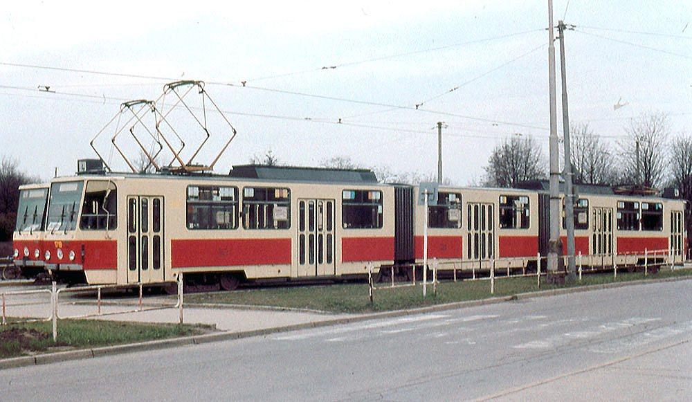Fotogalerie » ČKD Tatra KT8D5 1719 | Brno | Masarykova čtvrť | Náměstí míru | Náměstí Míru, smyčka