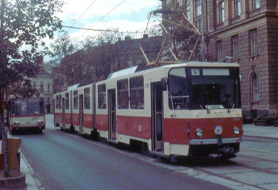 Fotogalerie » ČKD Tatra KT8D5SU 1728 | Brno | střed | Joštova | Komenského Náměstí