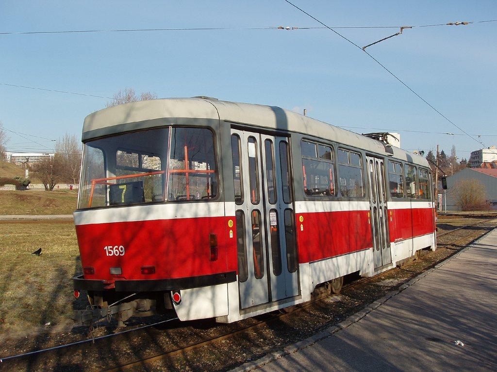 Fotogalerie » Pragoimex T3R.EV 1569 | Brno | Bohunice | Švermova, smyčka