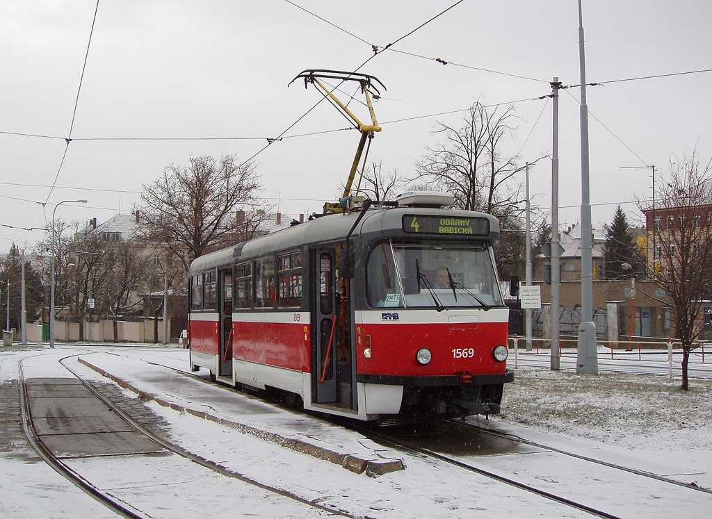 Fotogalerie » Pragoimex T3R.EV 1569   Brno   Masarykova čtvrť   Náměstí míru   Náměstí Míru, smyčka