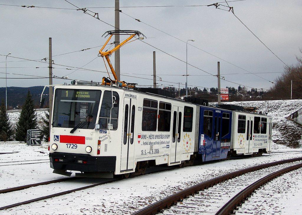 Fotogalerie » ČKD Tatra KT8D5N 1729 | Brno | Bystrc | Rakovecká
