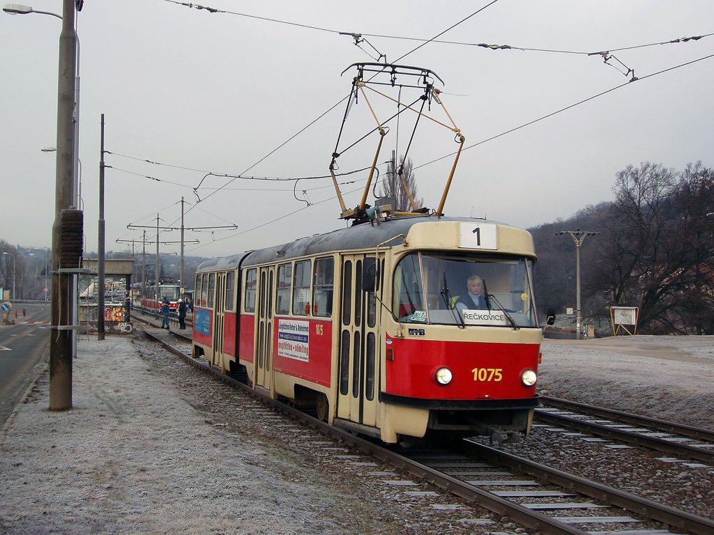 Fotogalerie » ČKD Tatra K2 1075 | Brno | Bystrc | Obvodová