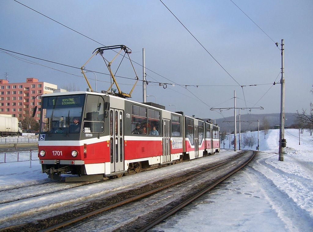 Fotogalerie » ČKD Tatra KT8D5R.N2 1701 | Brno | Bystrc | Vejrostova