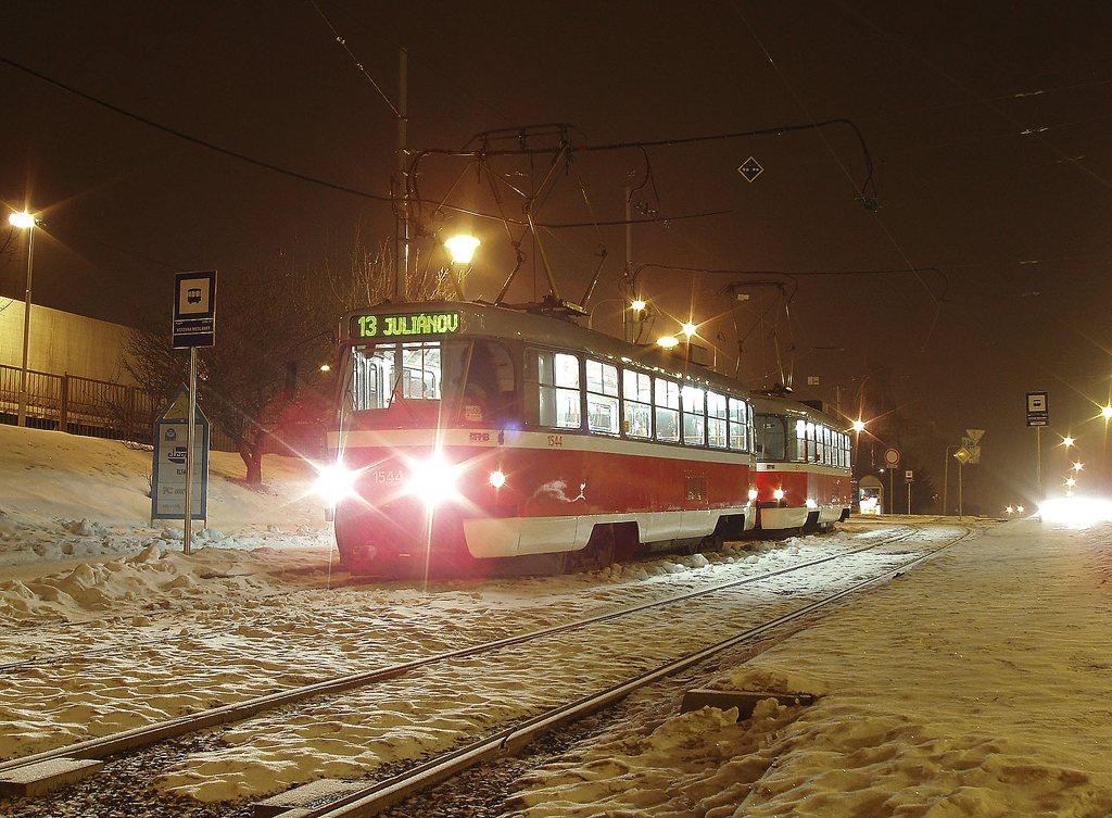 Fotogalerie » ČKD Tatra T3M 1544 | ČKD Tatra T3M 1571 | Brno | Medlánky | Hudcova | Vozovna Medlánky