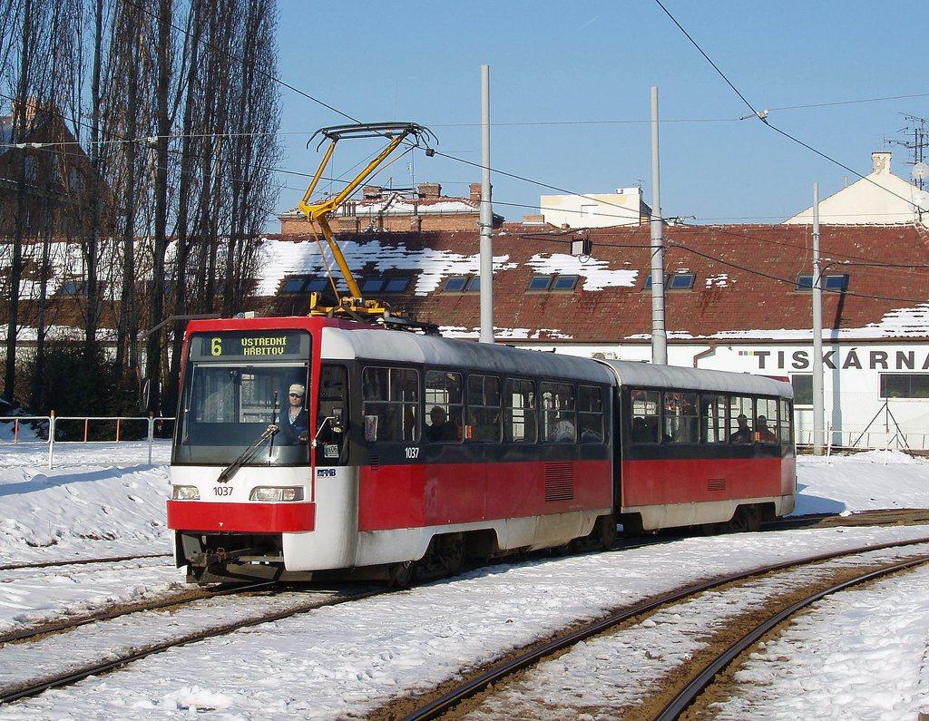 Fotogalerie » ČKD Tatra K2R03 1037   Brno   Štýřice   Vídeňská