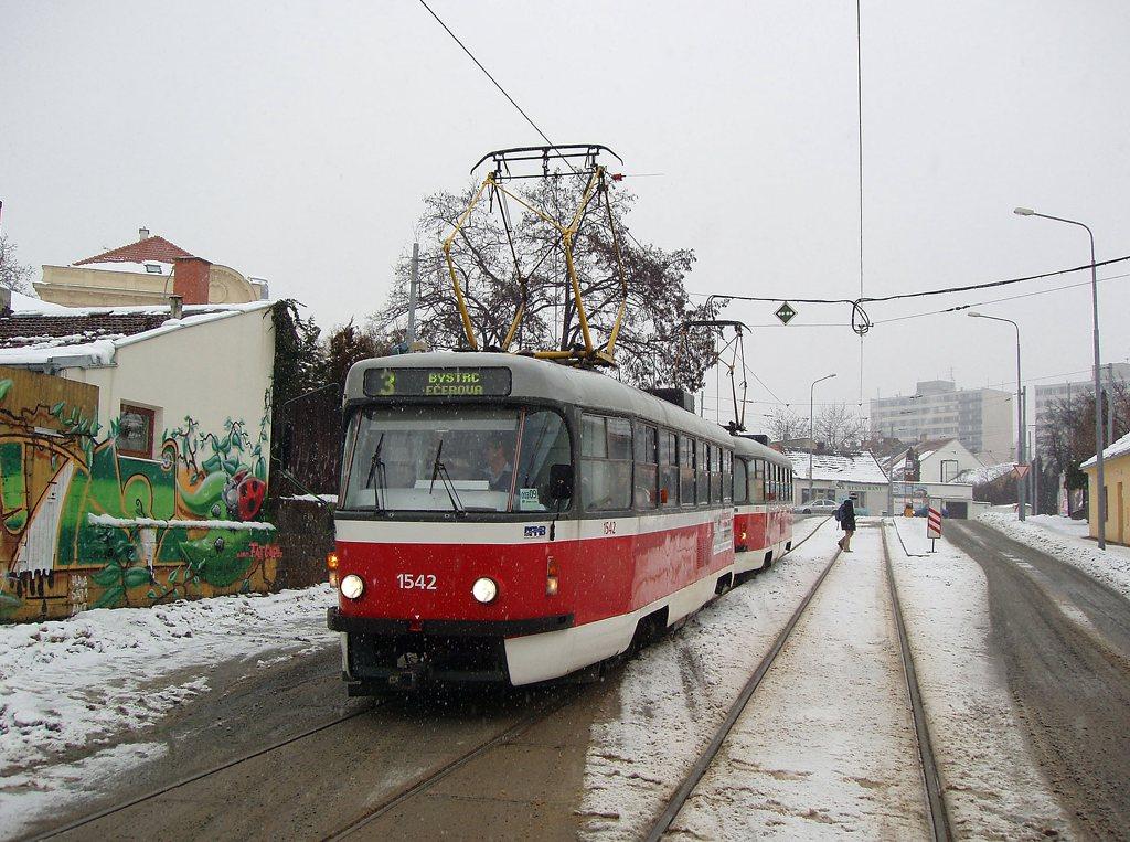Fotogalerie » ČKD Tatra T3M 1542   ČKD Tatra T3M 1572   Brno   Žabovřesky   Sochorova   Sochorova
