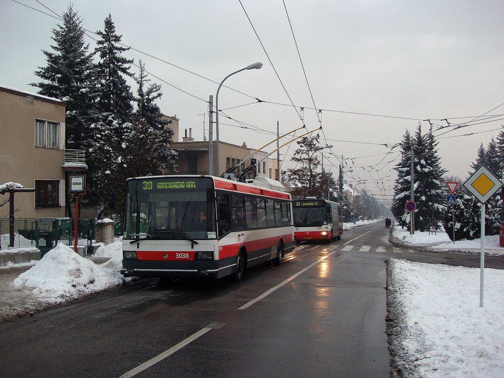 Fotogalerie » Škoda 21Tr 3038   Irisbus Citybus 12M 2071.20 7603   Brno   Masarykova Čtvrť   Barvičova   Barvičova