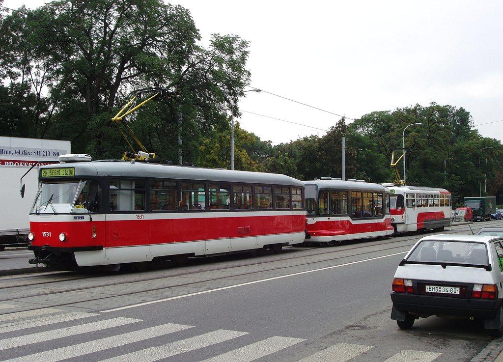 Fotogalerie » Pragoimex T3R.EV 1531 | Pragoimex VV60LF 1301 | Pragoimex T3R.EV 1560 | Brno | střed | Lidická | Pionýrská