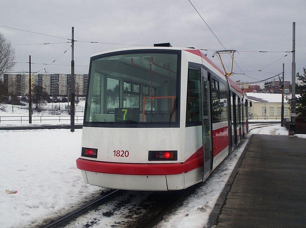 Fotogalerie » Škoda 03T7 1820   Brno   Bohunice   Švermova, smyčka