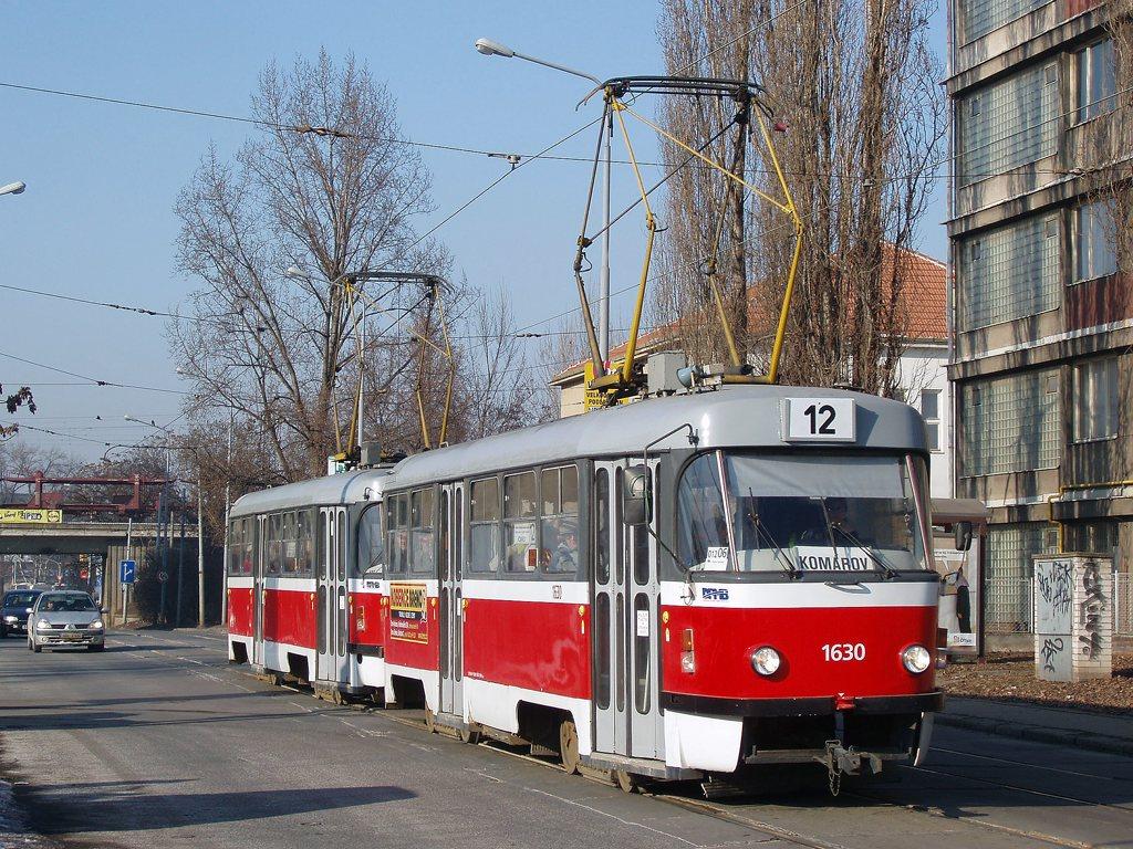 Fotogalerie » ČKD Tatra T3T 1630   ČKD Tatra T3T 1627   Brno   Komárov   Dornych