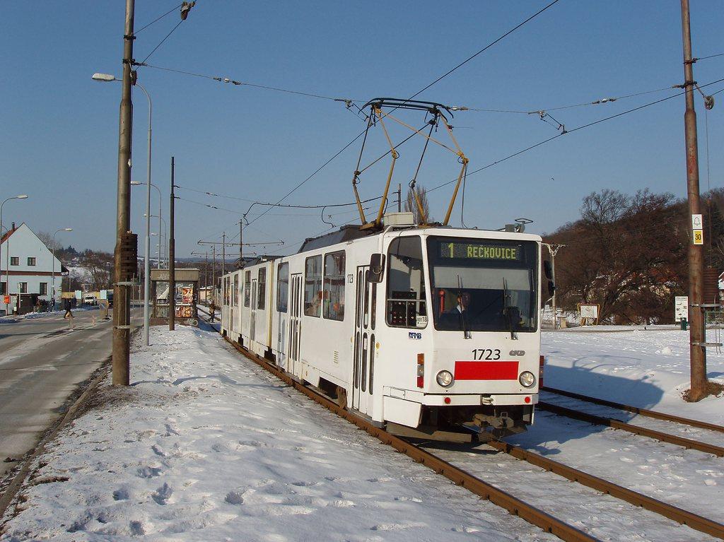 Fotogalerie » ČKD Tatra KT8D5 1723 | Brno | Bystrc | Obvodová