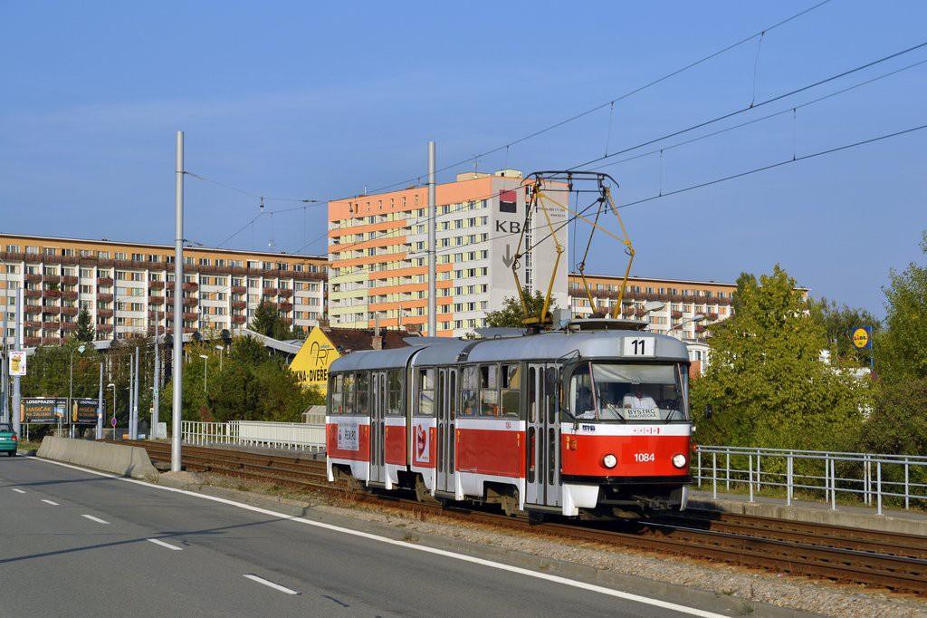 Fotogalerie » ČKD Tatra K2 1084   Brno   Černá Pole   třída Generála Píky