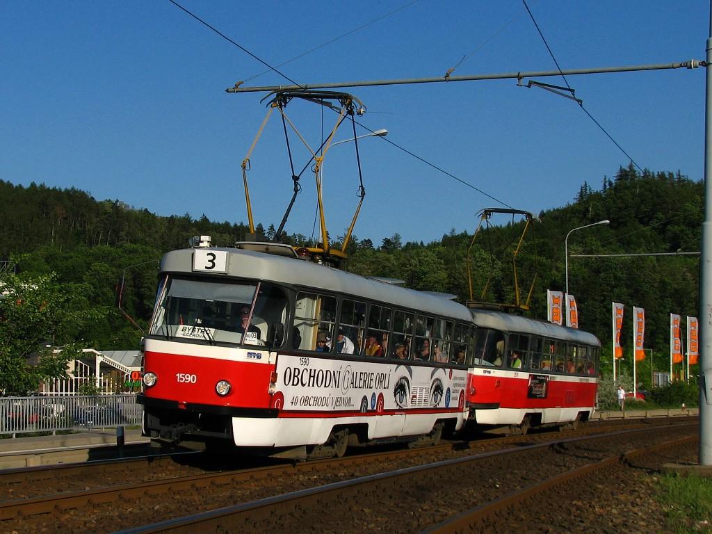 Fotogalerie » ČKD Tatra T3 1590   ČKD Tatra T3 1511   Brno   Komín   Kníničská