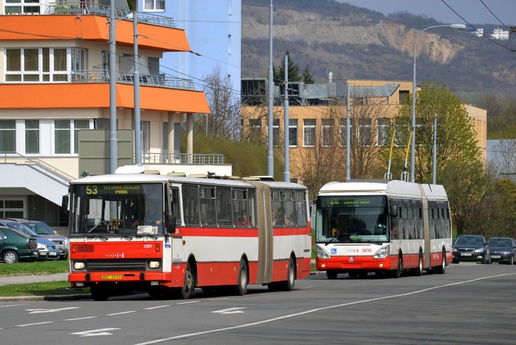 Fotogalerie » Karosa B741.1916 BSC 28-97 2301 | Škoda 25Tr Citelis 1B 3616 | Brno | Černá Pole | Provazníkova