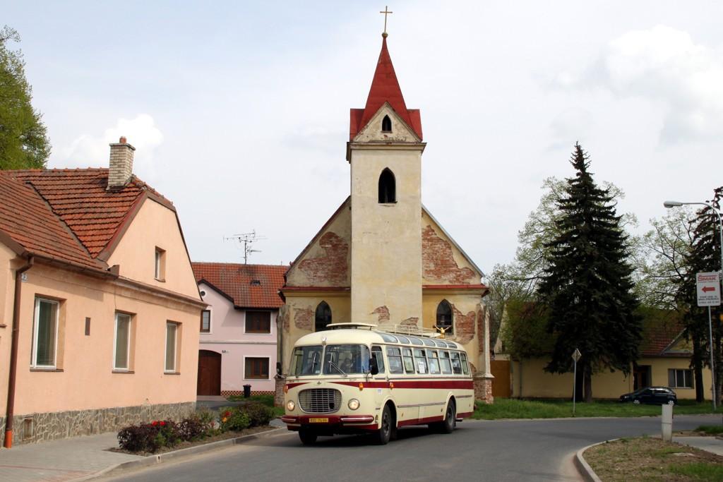 Fotogalerie » Škoda 706 RTO LUX BSC 74-95 | Brno | Přízřenice | Staré náměstí | Přízřenice, smyčka