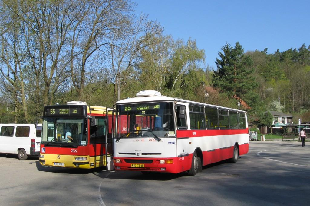 Fotogalerie » Karosa B931.1675 BSE 72-98 7439 | Irisbus Citybus 12M 2071.40 3B2 8591 7622 | Brno | Líšeň | Mariánské údolí