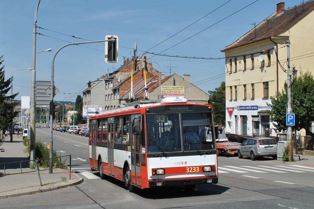 Fotogalerie » Škoda 14Tr10/6 3233 | Brno | Černovice | Olomoucká
