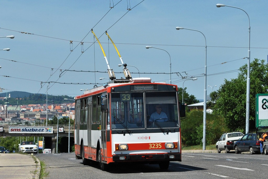 Fotogalerie » Škoda 14Tr10/6 3235   Brno   Černovice   Olomoucká