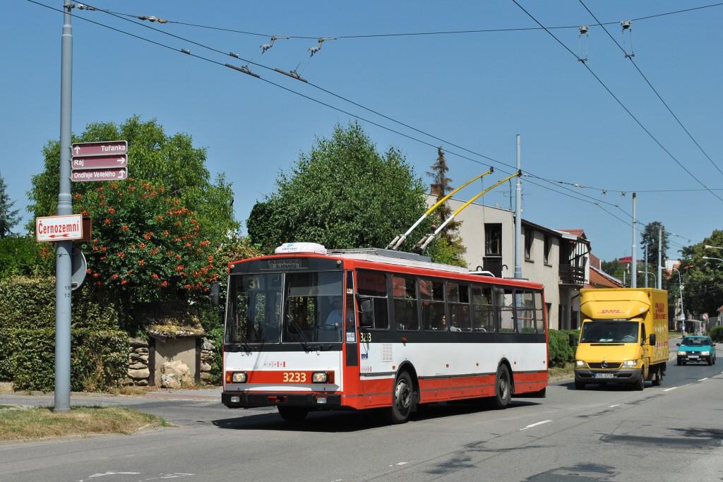 Fotogalerie » Škoda 14Tr10/6 3233 | Brno | Slatina | Tuřanka