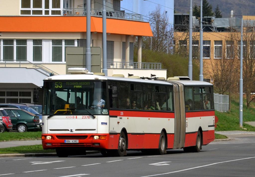 Fotogalerie » Karosa B961E.1970 6B4 4392 2376 | Brno | Černá Pole | Provazníkova | Merhautova