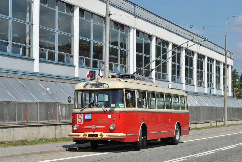 Fotogalerie » Škoda 9Tr17 3076 | Brno | Komín