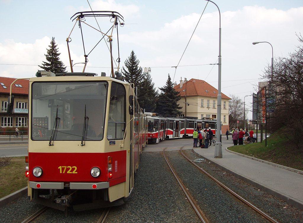 Fotogalerie » ČKD Tatra KT8D5 1722 | ČKD Tatra KT8D5N 1734 | Brno | Medlánky | Hudcova