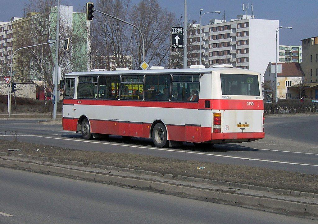 Fotogalerie » Karosa B931.1675 7439 | Brno | Komárov | Svatopetrská