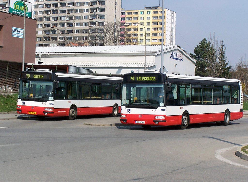 Fotogalerie » Irisbus Citybus 12M 2071.20 7610 | Irisbus Citybus 12M 2071.40 7629 | Brno | Královo Pole | Budovcova | Královo Pole, nádraží