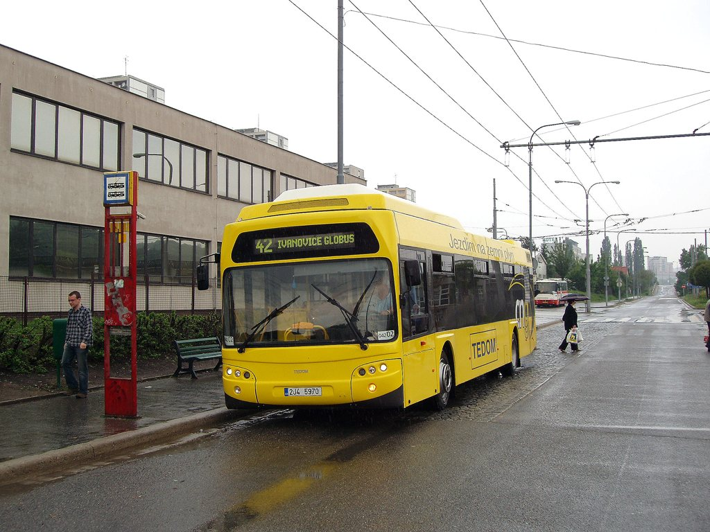 Fotogalerie » TEDOM Tedom 123 G 2J4 5970 2700 | Brno | Královo Pole | Budovcova | Královo Pole, nádraží