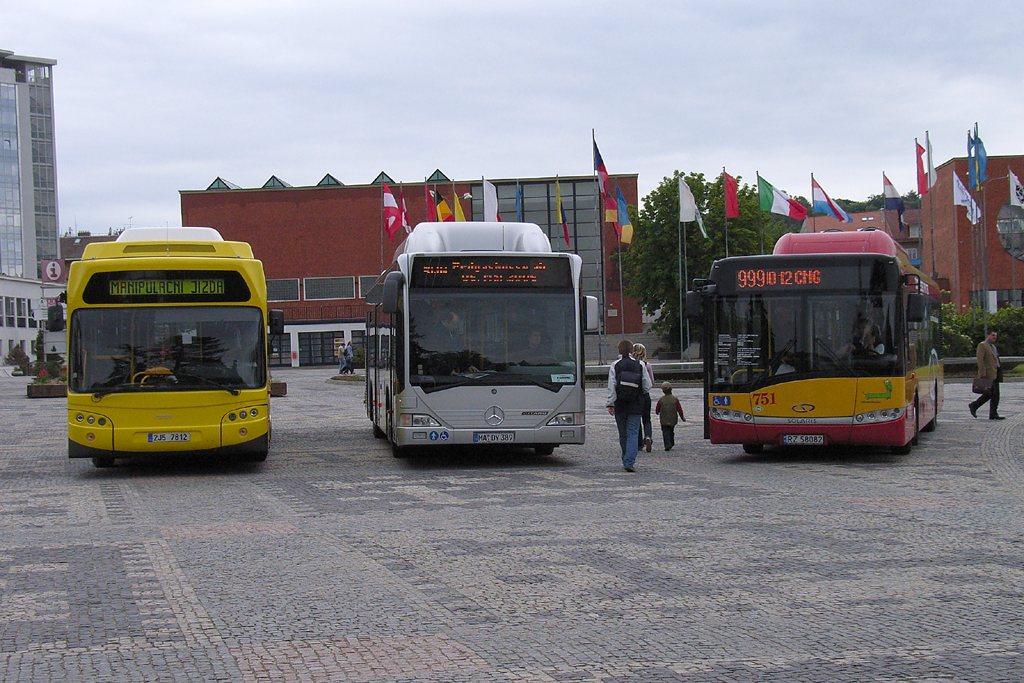 Fotogalerie » TEDOM Tedom 123 G | Mercedes-Benz Citaro CNG | Solaris Urbino 12 CNG | Brno | Výstaviště BVV