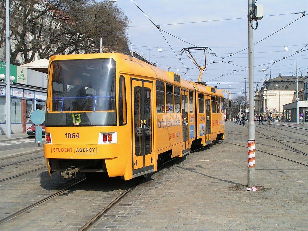 Fotogalerie » ČKD Tatra K2R 1064 | Brno | střed | Nádražní