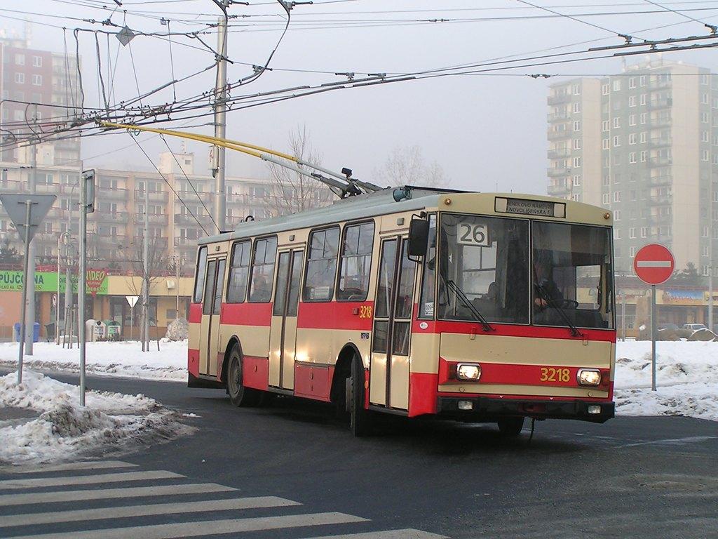 Fotogalerie » Škoda 14Tr08/6 3218 | Brno | Vinohrady | Pálavské náměstí