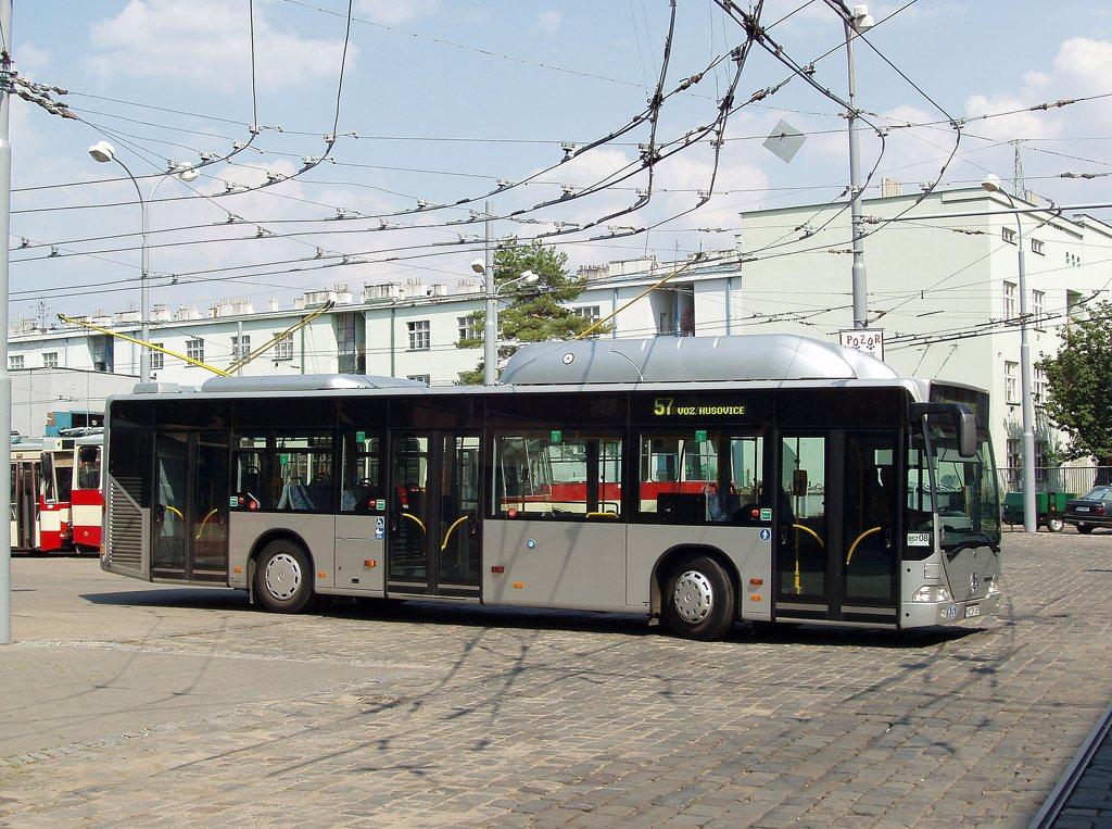 Fotogalerie » Mercedes-Benz Citaro CNG MA DY 389 2702 | Brno | Vozovna Husovice