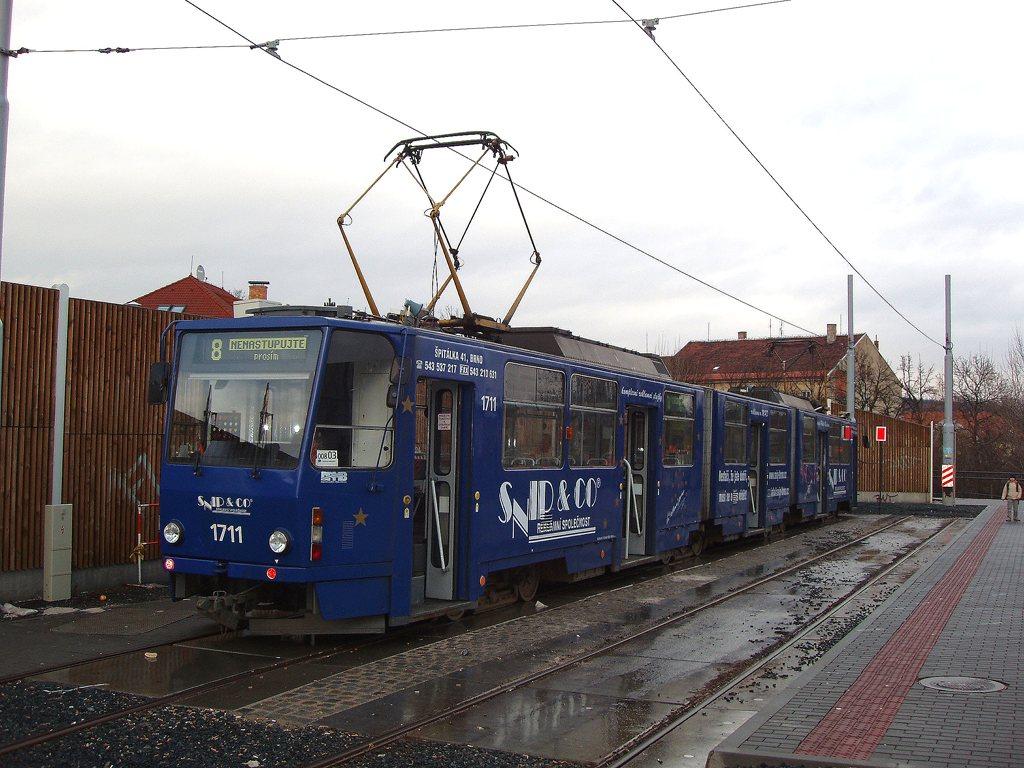 Fotogalerie » ČKD Tatra KT8D5 1711 | Brno | Líšeň | Mifkova | Mifkova