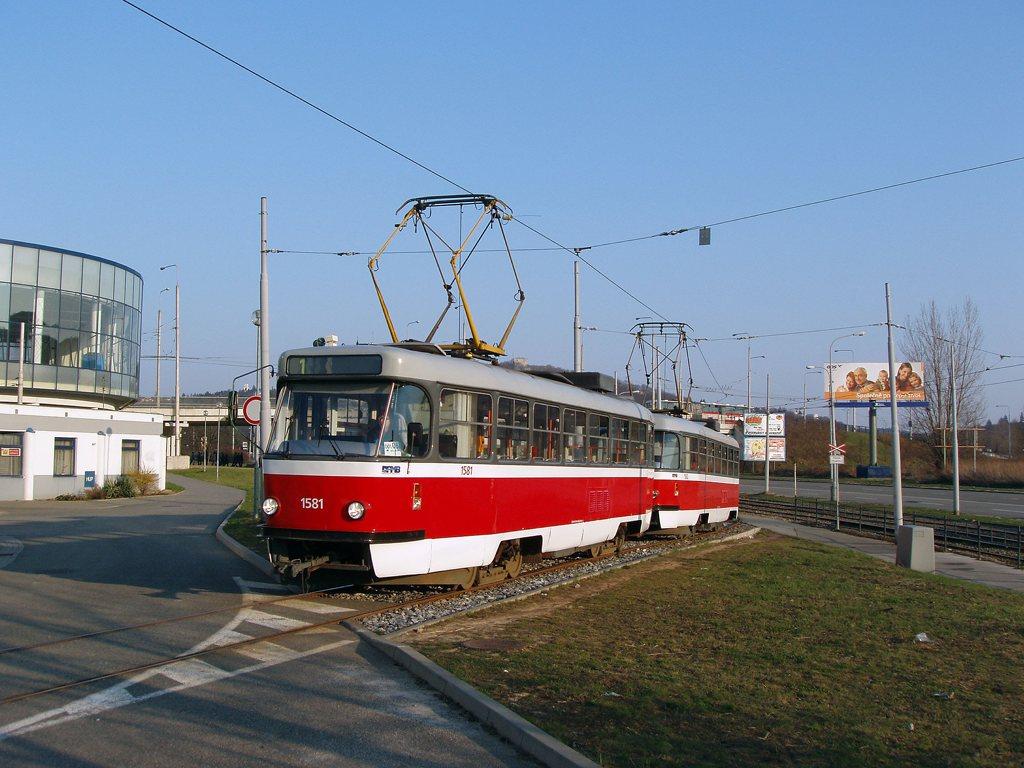 Fotogalerie » ČKD Tatra T3M 1581 | ČKD Tatra T3M 1582 | Brno | Komín | Jundrovská | Komín, smyčka