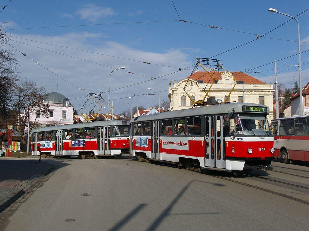 Fotogalerie » ČKD Tatra T3G 1647 | ČKD Tatra T3G 1648 | Brno | Žabovřesky | Rosického náměstí