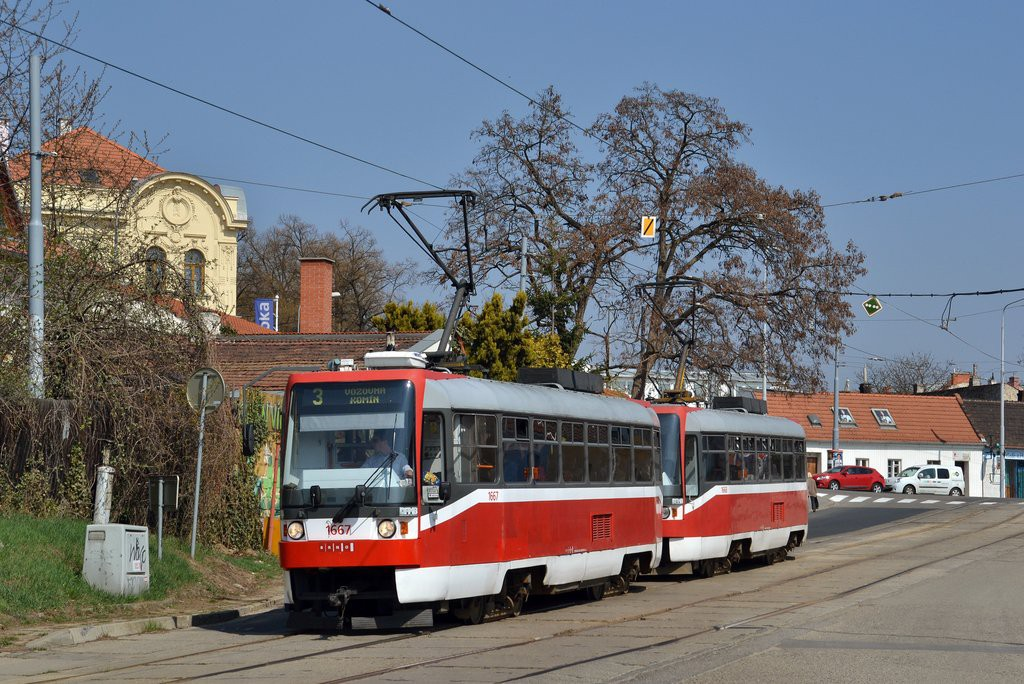 Fotogalerie » ČKD DS T3R 1667 | ČKD DS T3R 1668 | Brno | Žabovřesky | Sochorova | Rosického náměstí