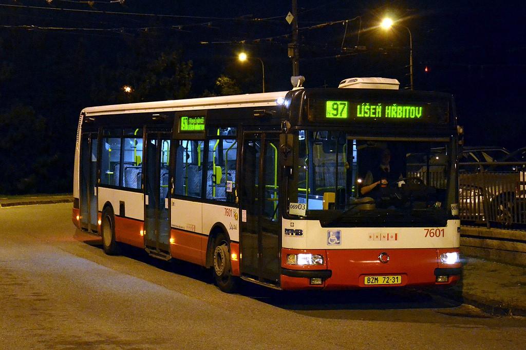 Fotogalerie » Irisbus Citybus 12M 2071.20 BZM 72-31 7601 | Brno | Kohoutovice | Libušina třída | Jírovcova